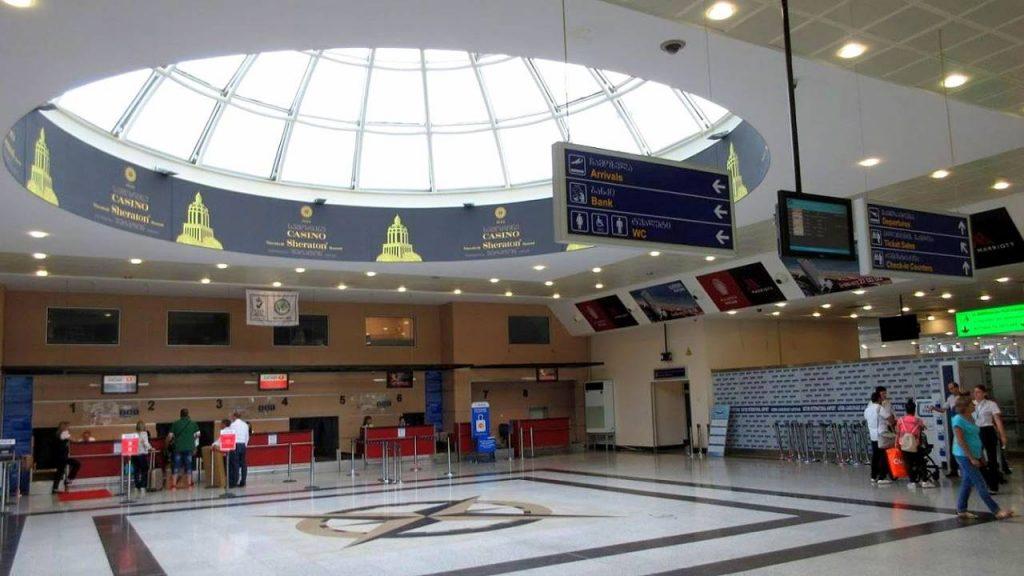 Стойки регистрации, Международный аэропорт Батуми, Грузия