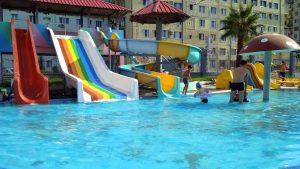 Детские горки и бассейн , Аквапарк, Батуми, Грузия