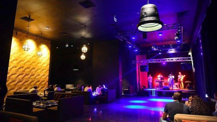 Бар Canudos Lounge & Club, пляжи Батуми, Грузия,