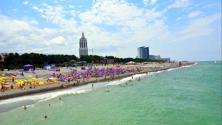 Побережье городского пляжа, городской пляж, Батуми, Грузия