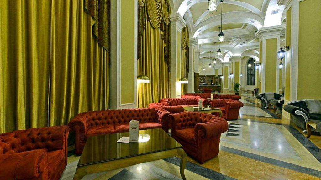Лобби-бар Entranta, Colosseum Marina Hotel, Батуми, Грузия