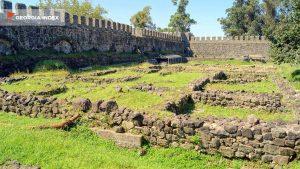 Остатки стен помещений, Крепость Гонио, Грузия