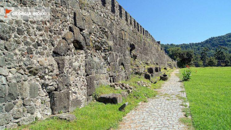 Стена крепости Гонио, Грузия