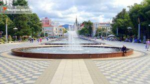 Фонтаны на бульваре, поющие фонтаны, Батуми, Грузия