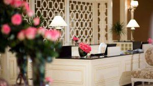 Стойка регистрации , Отель Divan Suites Batumi, Батуми, Грузия