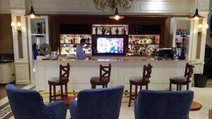 Бар ресторана Divan Pub, Отель Divan Suites Batumi, Батуми, Грузия