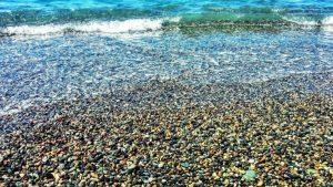 Мелкая галька пляжа Кобулети, Кобулети, Грузия