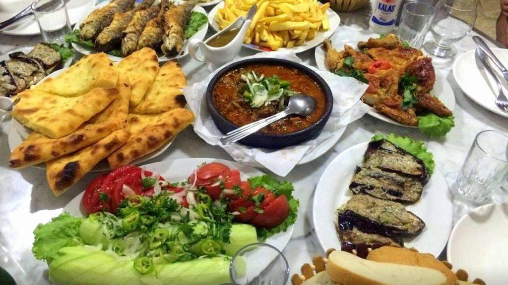 Грузинская кухня в ресторанах и кафе отелей , Кобулети, Грузия