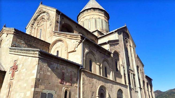 Здание храма Светицховели, Мцхета, Грузия