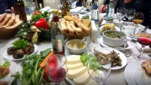 Вкусности в Гуджари, Мцхета, Грузия