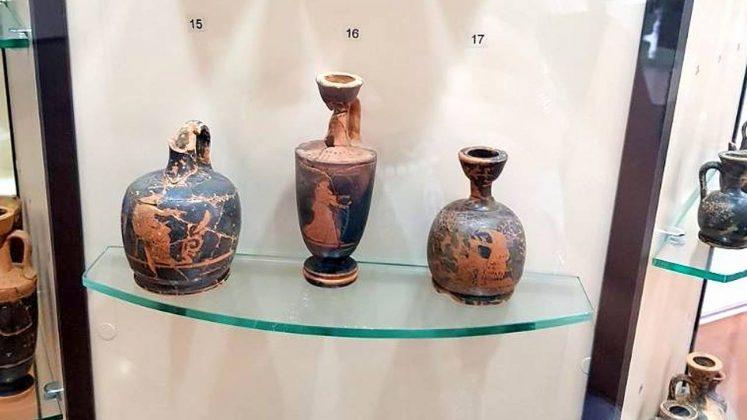 Амфоры с мифологической росписью, Археологический музей Батуми, Грузия