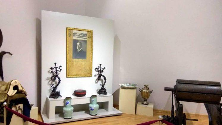 Портрет Лю Цзюнь Чжоу, Краеведческий музей Аджарии, Батуми, Грузия