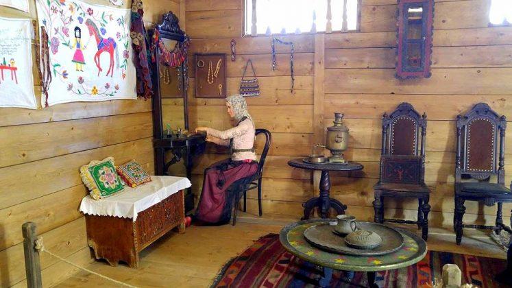 Экспозиции домашних обстановок Аджарии, Этнографический музей Борджгало, Батуми, Грузия