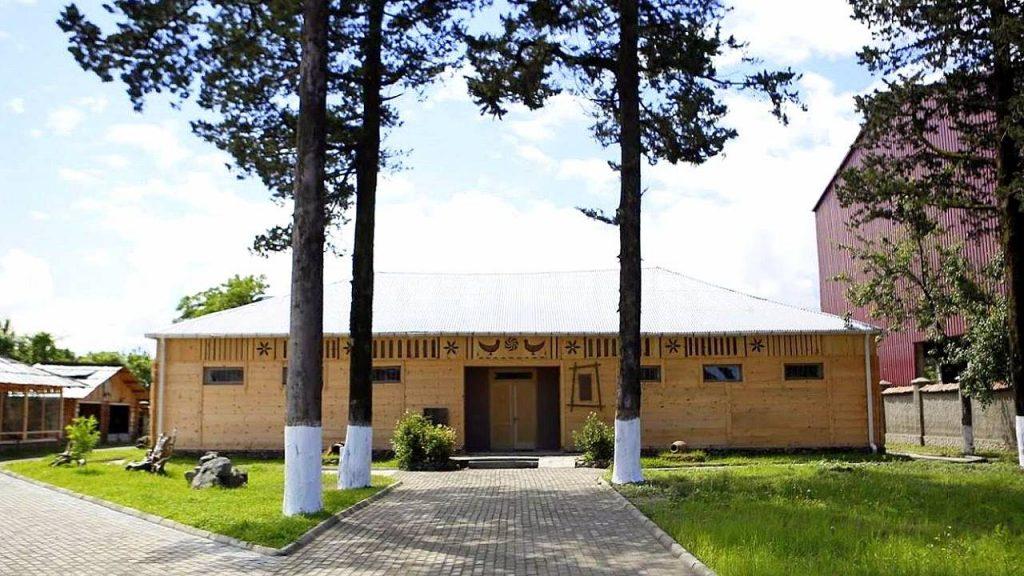 Здание музея Борджгало, Этнографический музей Борджгало, Батуми, Грузия