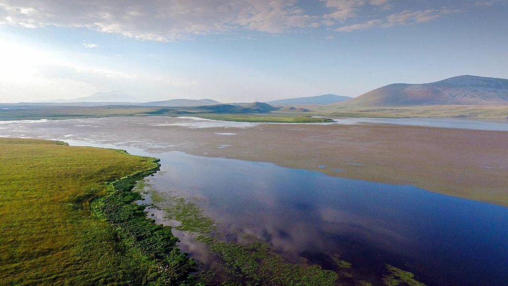 Одно из озер парка Мтирала, Национальный парк Мтирала, Батуми, Грузия