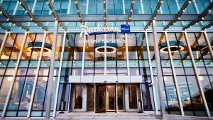 Центральный вход в отель, Radisson Blu Batumiotel, Батуми, Грузия