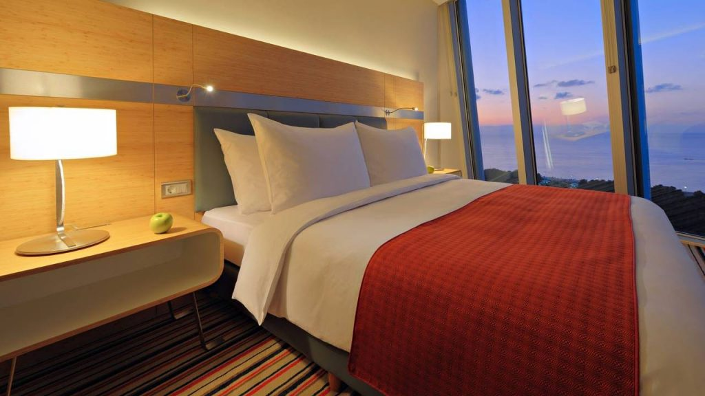 НомерSuperior Double Room, Radisson Blu Batumiotel, Батуми, Грузия