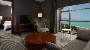 Двухкомнатный номер Junior Suite, Sheraton Hotel, Батуми, Грузия